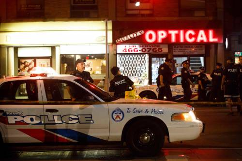 Canada, spari in strada a Toronto 10