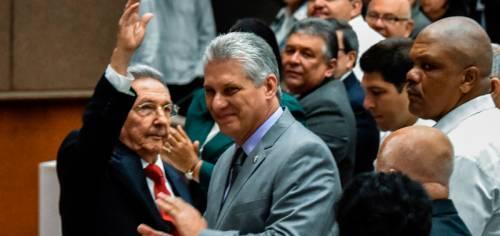 Nuova costituzione di Cuba: no comunismo, sì proprietà privata