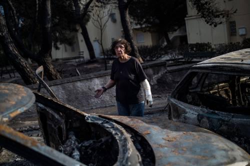 Mati, auto e case incenerite 6