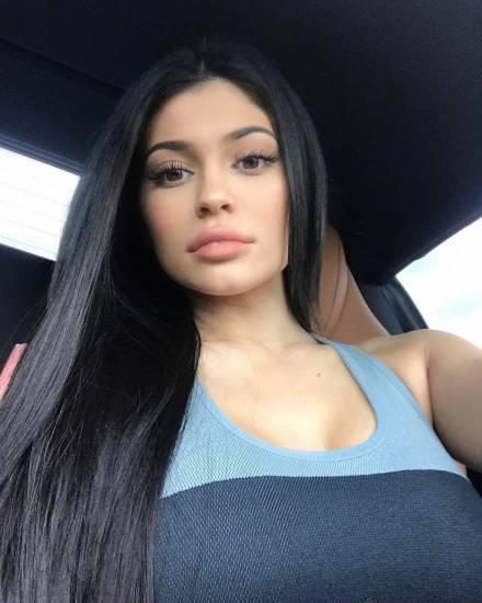 Kylie Jenner, le foto della diva del Web 9