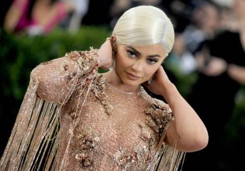 Kylie Jenner, le foto della diva del Web 10