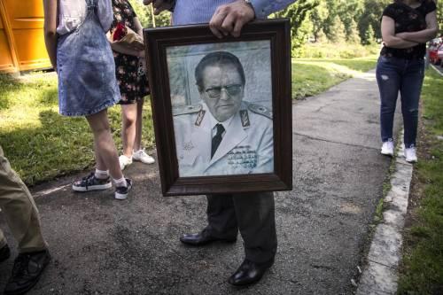 Serbi nostalgici: Tito oggi vincerebbe le elezioni