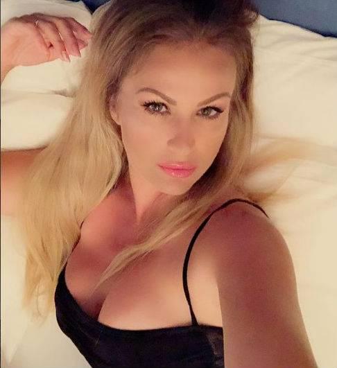 Bikini Vip: Elisabetta Canalis, Chiara Ferragni e Melissa Satta le più sexy 9