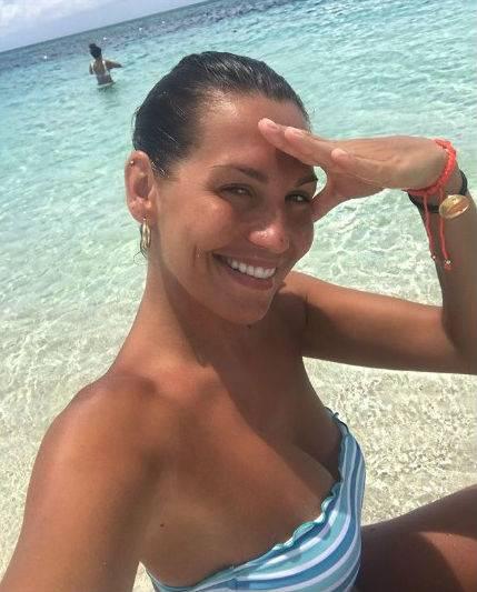Bikini Vip: Elisabetta Canalis, Chiara Ferragni e Melissa Satta le più sexy 2