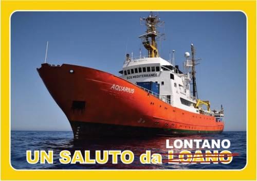 Le cartoline choc contro Salvini 9