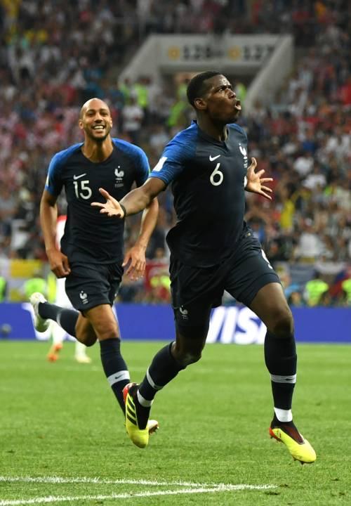 Pogba-United, siamo ai titoli di coda: il francese piace al Barça ma occhio alla Juve