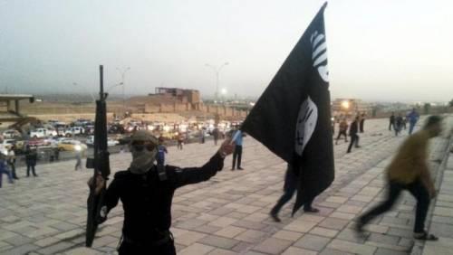 Espulsione per 2 marocchini che inneggiavano per Isis