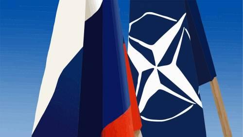 """Georgia nella Nato, Medvedev: """"Porterà una guerra terribile"""""""
