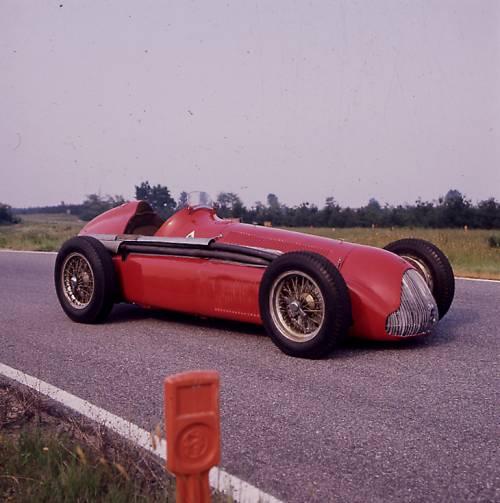 """Alfa Romeo, una """"liaison"""" a motore"""