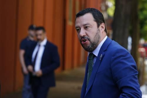 """Annuncio anti-zingari, Salvini: """"Nessuno tocchi la capotreno"""""""