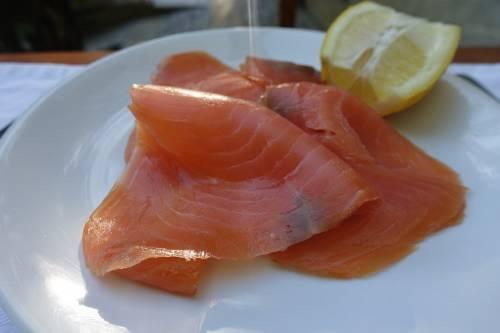 Listeria, è di nuovo allarme, Coop ritira lotto di salmone affumicato