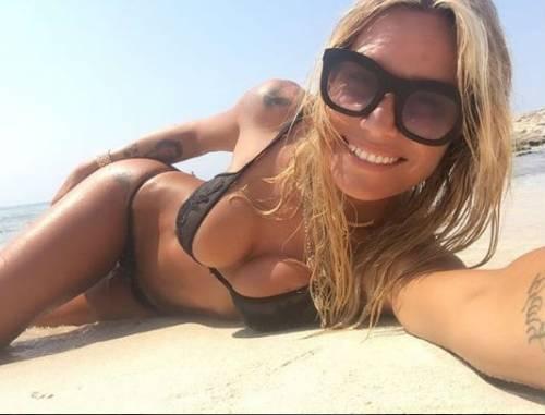 Bikini Vip, le immagini più hot 7