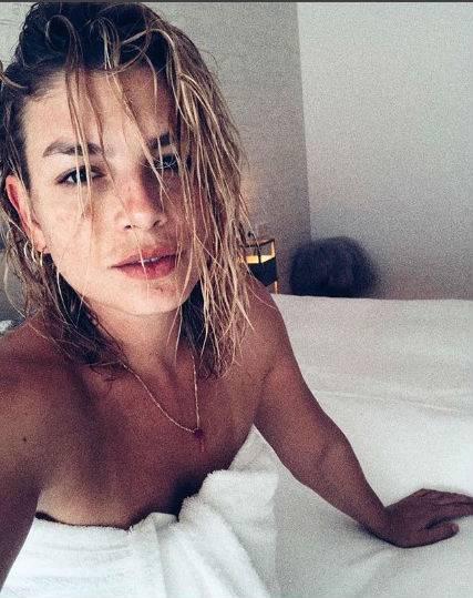 Bikini Vip, le immagini più hot 13
