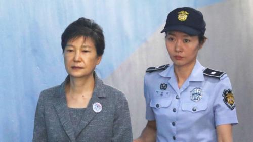Corea del Sud, Seul condanna ex-presidente Park per corruzione