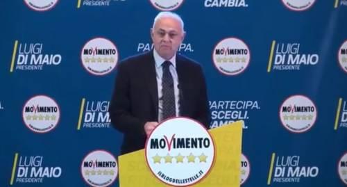 """Insulti del 5S Lannutti contro chi era per il No: """"Cani da riporto e marci"""""""