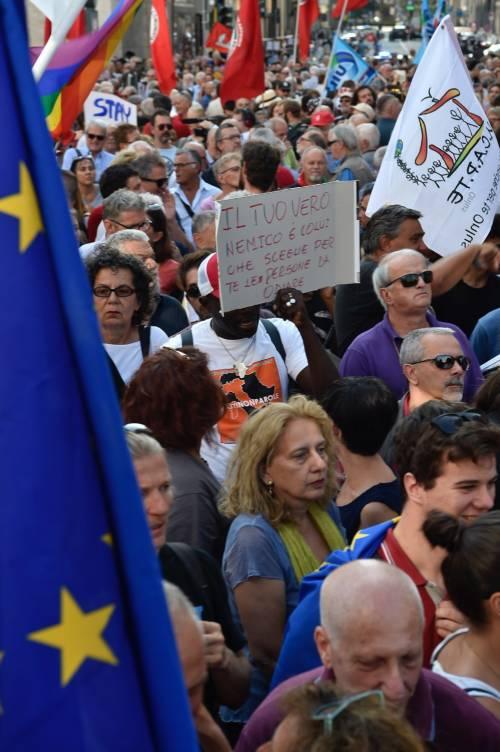 Sinistra in piazza contro Salvini e Orban 4