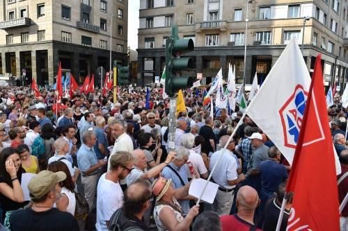 Sinistra in piazza contro Salvini e Orban 12