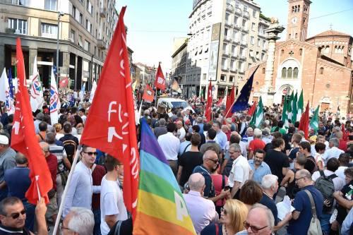 Sinistra in piazza contro Salvini e Orban 2