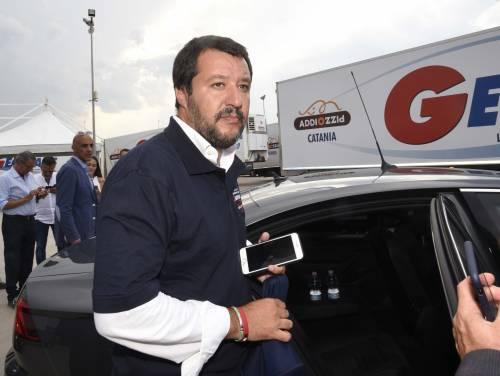 Diciotti, per Salvini cade l'accusa di arresto illegale ma resta il sequestro di persona