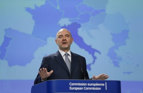 """Moscovici vede fantasmi in Ue: """"Ci sono dei piccoli Mussolini"""""""