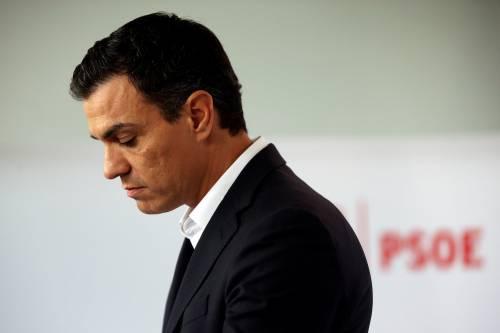 Anche Pedro Sanchez è accusato di aver copiato la tesi di dottorato