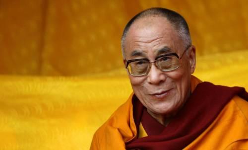 """Il Dalai Lama sull'immigrazione: """"L'Europa appartiene agli europei"""""""