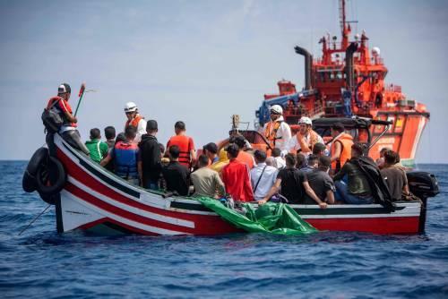 I trafficanti uccidono i migranti. Ma la sinistra incolpa Salvini