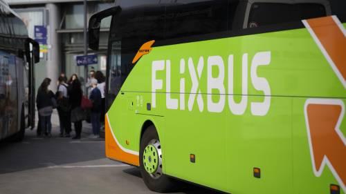 Coronavirus, caso sospetto su bus a Lione partito da Milano