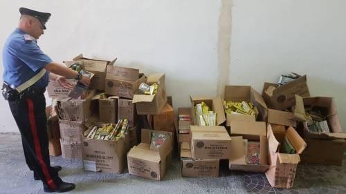 Petardi e ordigni esplosivi nell'immobile abbandonato