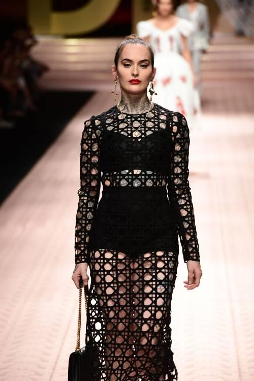 Monica Bellucci e le star in passerella per Dolce & Gabbana 7