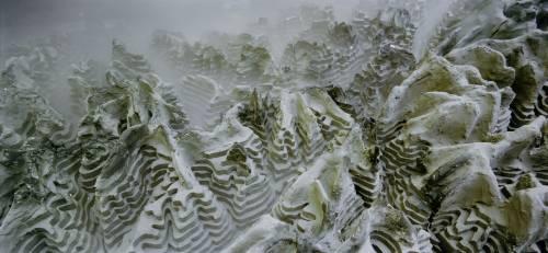 Alpi in mostra a Malpensa: un film e fotografie firmati da Armin Linke