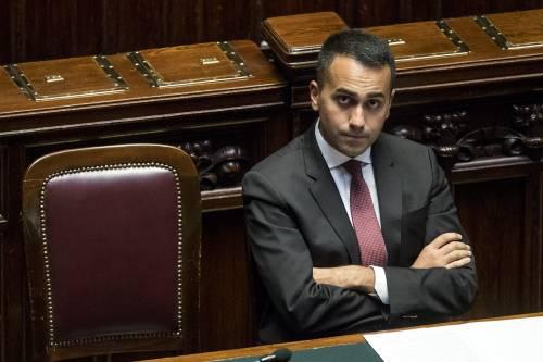 """Manovra, Di Maio: """"Adesso tagli alle spese militari inutili"""""""