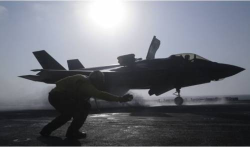 I Marine portano in battaglia l'F-35B