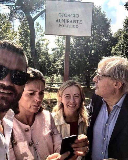 Vittorio Sgarbi dedica una via a Giorgio Almirante