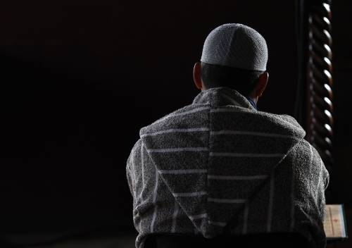 """""""Vi uccideremo e mangeremo i vostri cadaveri"""": espulso un imam"""