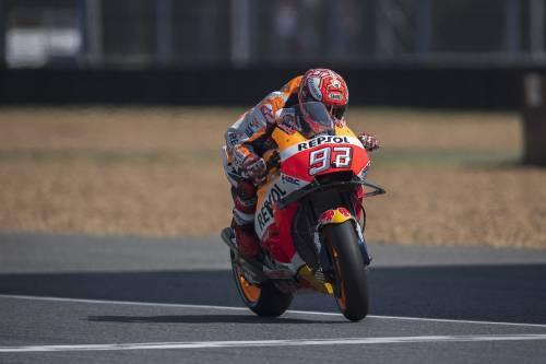 Motogp, Thailandia: Marquez in pole davanti a Rossi e Dovizioso
