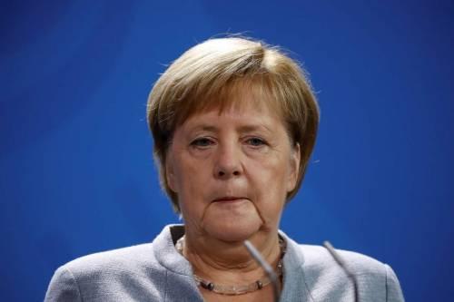 "Merkel sferza Bruxelles: ""Difenda gli interessi dei cittadini europei"""