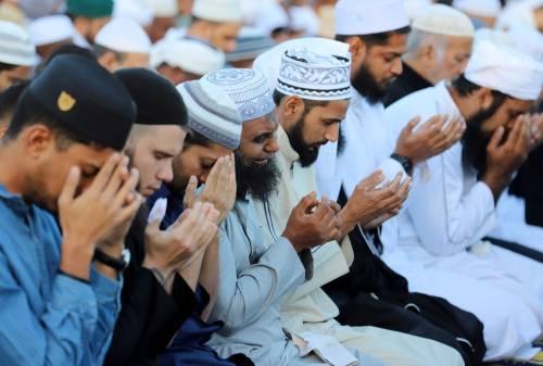 """""""No degli islamici alla stretta di mano? Allora niente cittadinanza"""""""