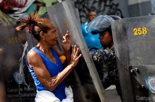 Venezuela, l'Onu condanna Maduro e difende i rifugiati venezuelani