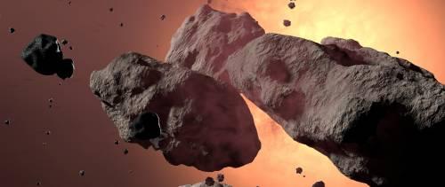 Scopre che il sasso usato per bloccare la porta è un prezioso meteorite