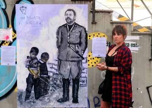 """""""Una pis...ata vi seppellirà"""", nuovo murales anti Salvini a Milano 6"""