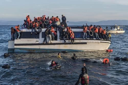 """Grecia, accoglienza dei migranti sotto accusa: """"Sistema corrotto"""""""