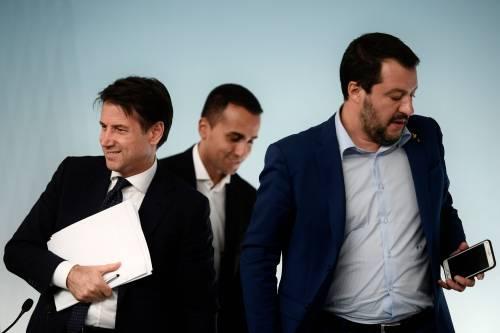 """""""Devono sciacquarsi la bocca"""". Ira di Salvini sui Cinque Stelle"""