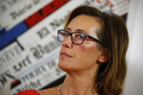 """Ilaria Cucchi minacciata di morte su Fb: """"Qualcuno ti metterà proiettile in testa"""""""