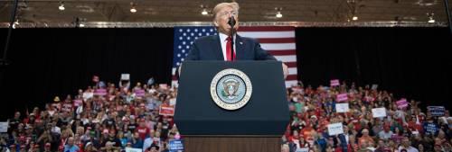 Usa, Trump blinda il Senato ma i dem prendono la Camera