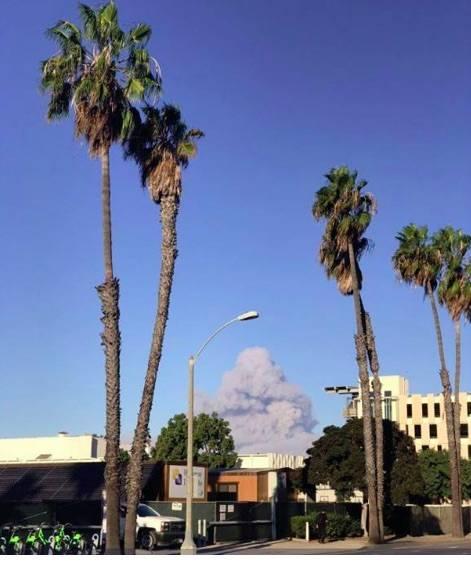 Incendi in California, ordine di evacuazione per Malibù 2