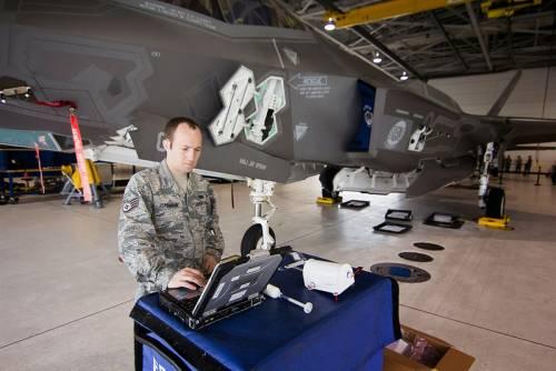 F-35, intelligenza artificiale a rischio hacker