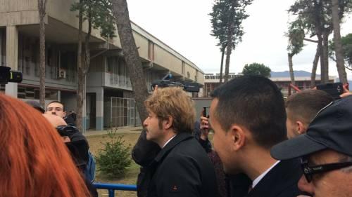 Di Maio contestato da studenti e lavoratori a Pomigliano 7
