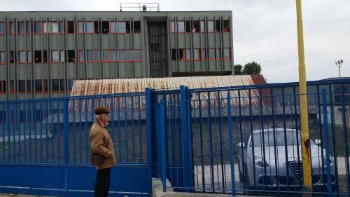 Di Maio contestato da studenti e lavoratori a Pomigliano 9