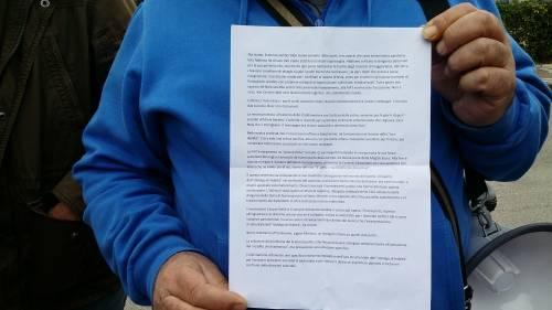 Di Maio contestato da studenti e lavoratori a Pomigliano 10